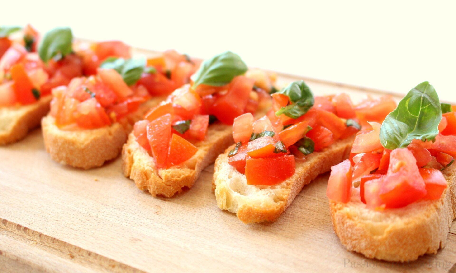 Bruschetta al Pomodoro (Tomato Bruschetta) - Passion and cooking