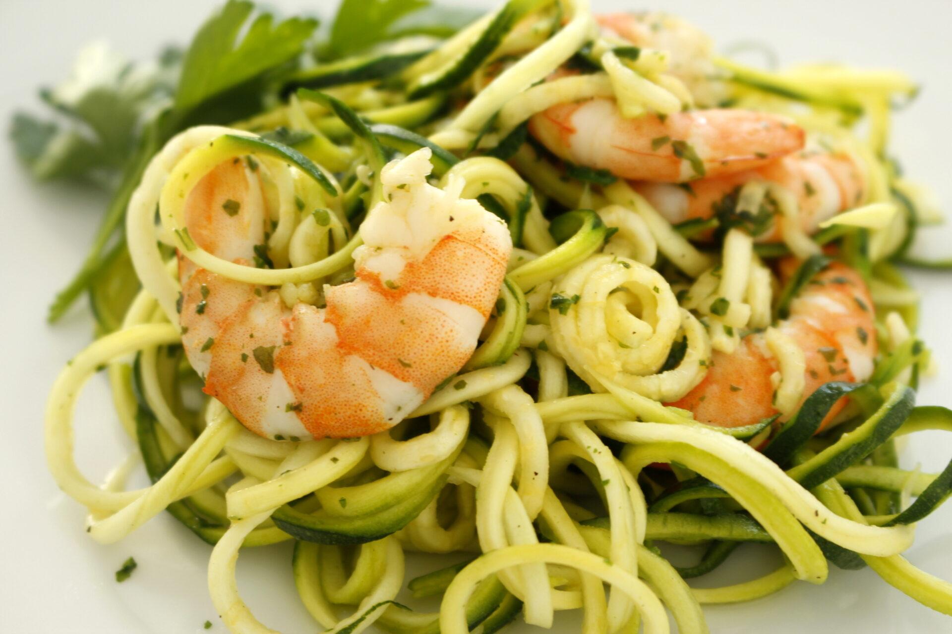 Spaghetti di zucchine con gamberoni dett.