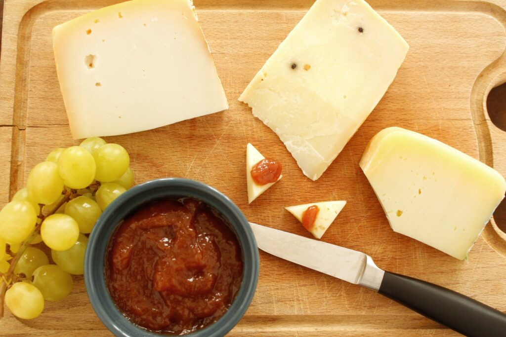 Grape jam and cheese