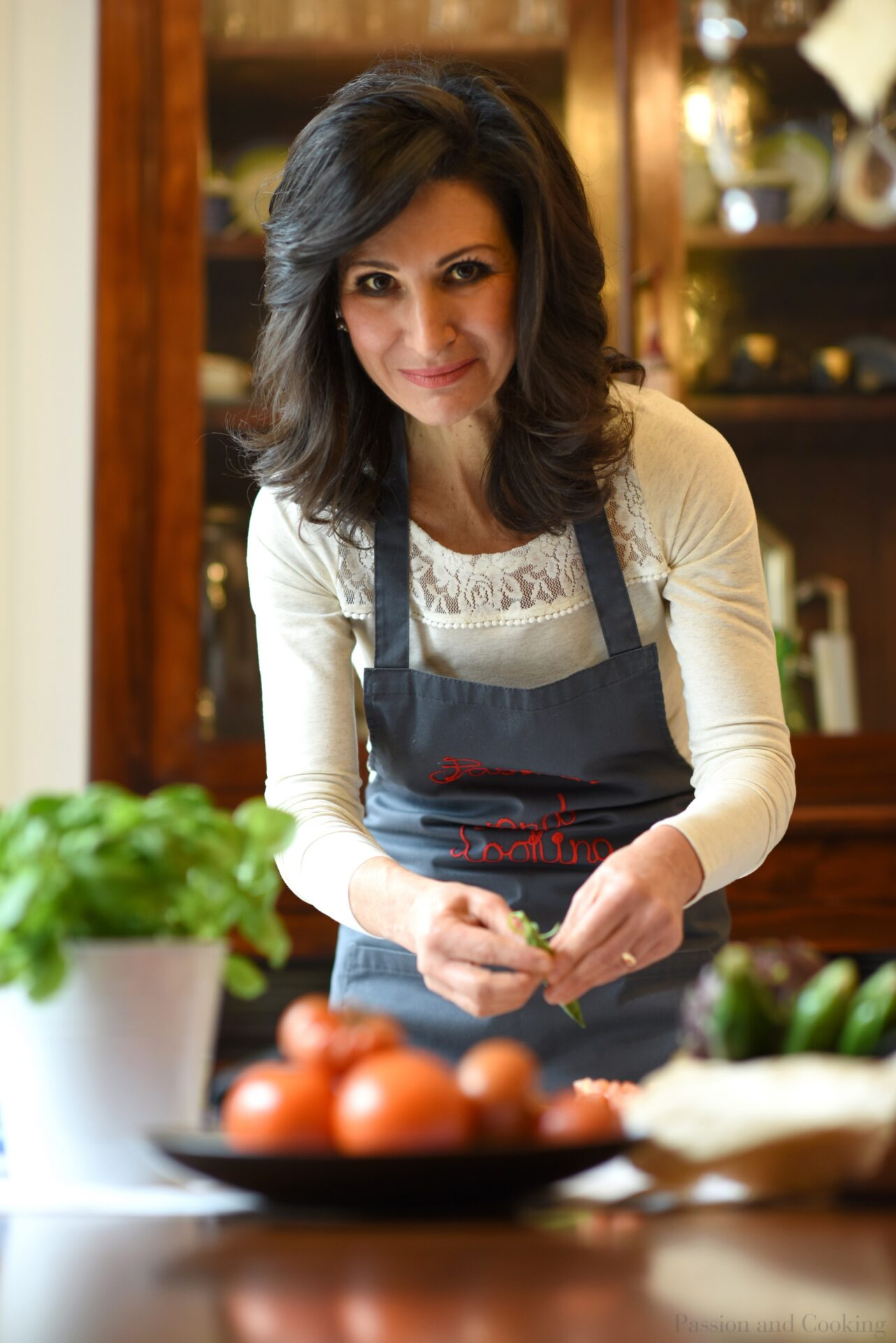 Fresh, seasonal and healthy ingredients always make better recipes. Cooking with Paola in Lake Como (Italy)