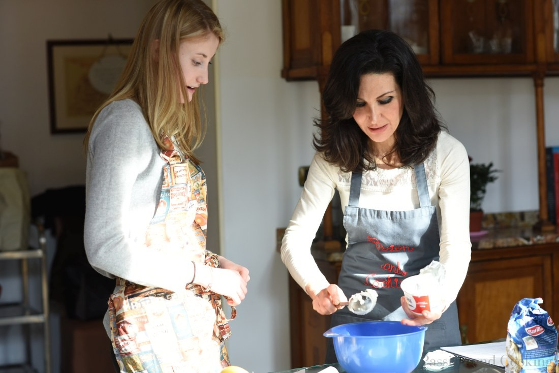 Learning how to make a delicious dessert - cooking course  in Lake Como (Italy)