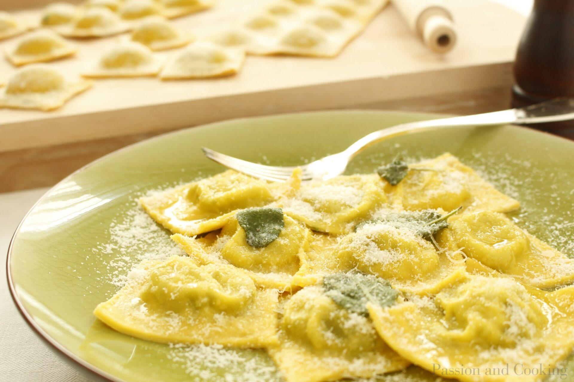 ravioli-spinaci-ricotta- piatto