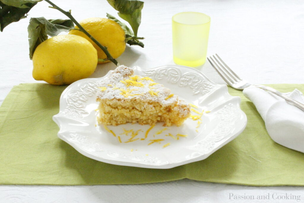 Almond and limocello cake